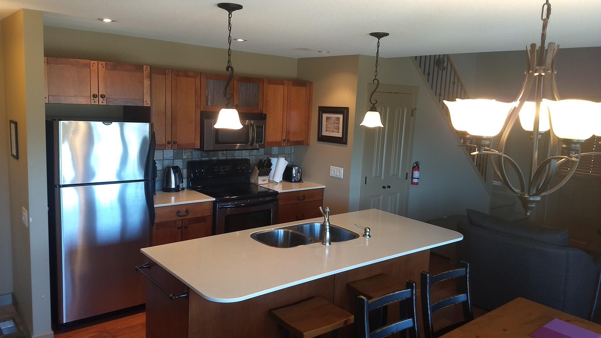 392 Kitchen
